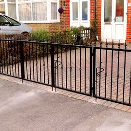 4 panel wrought iron gate